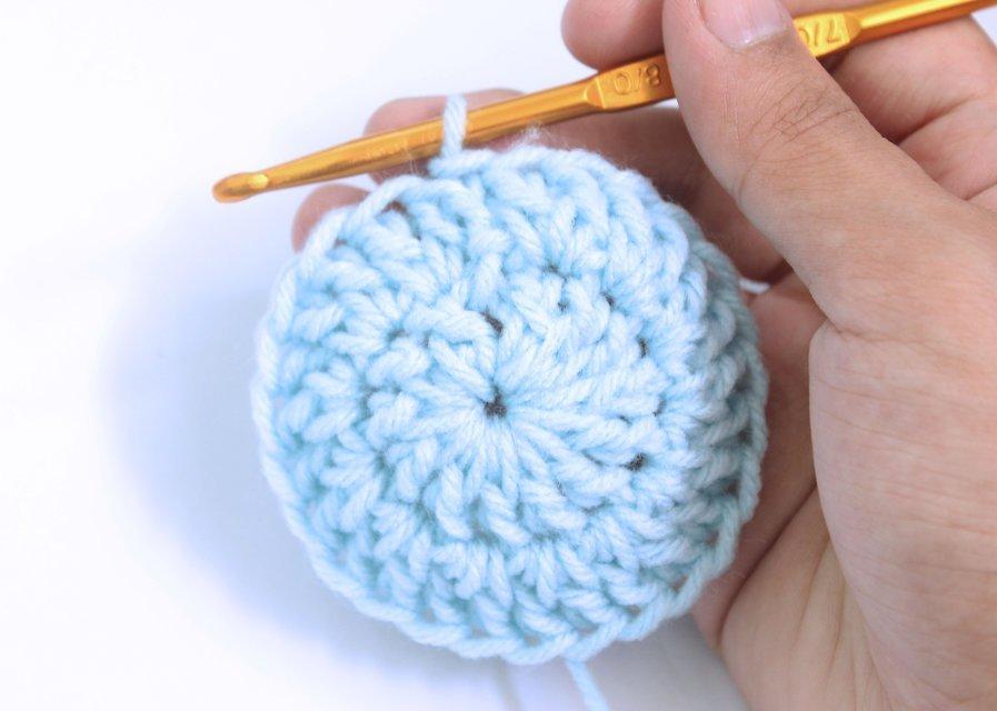 шапочка для новорожденного крючком