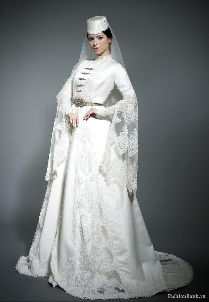 Фото очень красивых азиаток в платьях