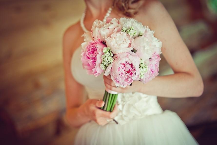 Букет букет невесты фото пионы
