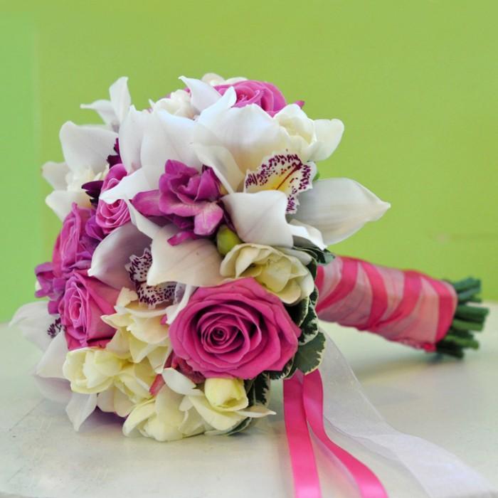 Букет, заказ букета невесты из роз и орхидей