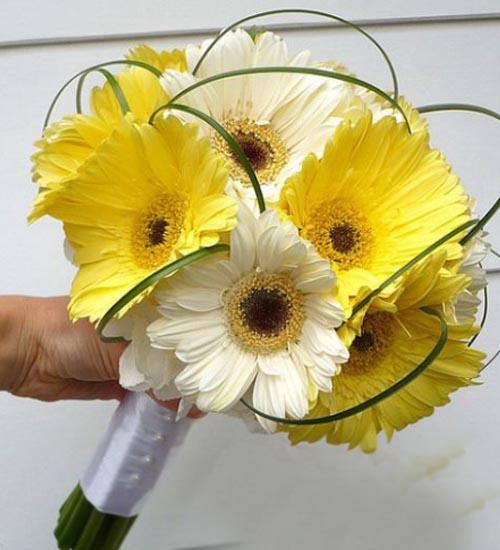 Букет из герберов белых и желтых роз, букет
