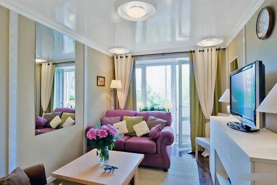 что дизайн узкой гостиной с балконом фото море