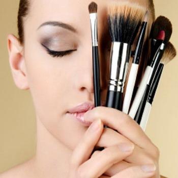 Особенности свадебного макияжа для брюнеток – фото