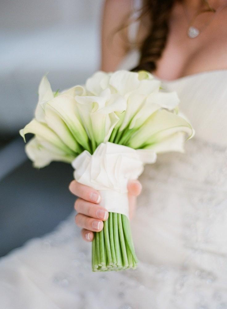 Букет из калл на свадьбу