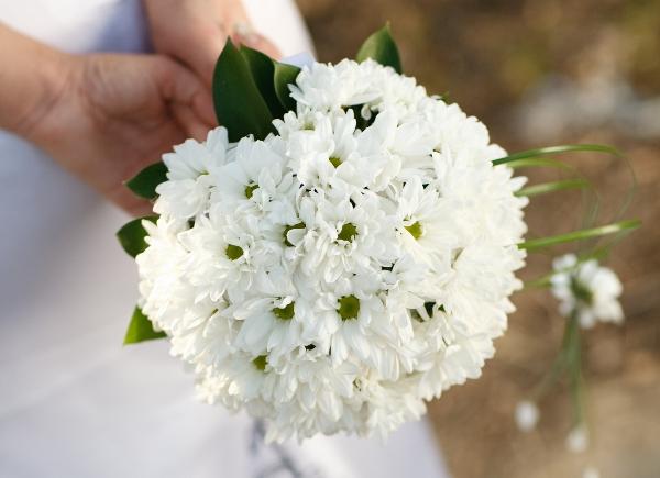 Свадебный букет из хризантем: виды и правила сочетания