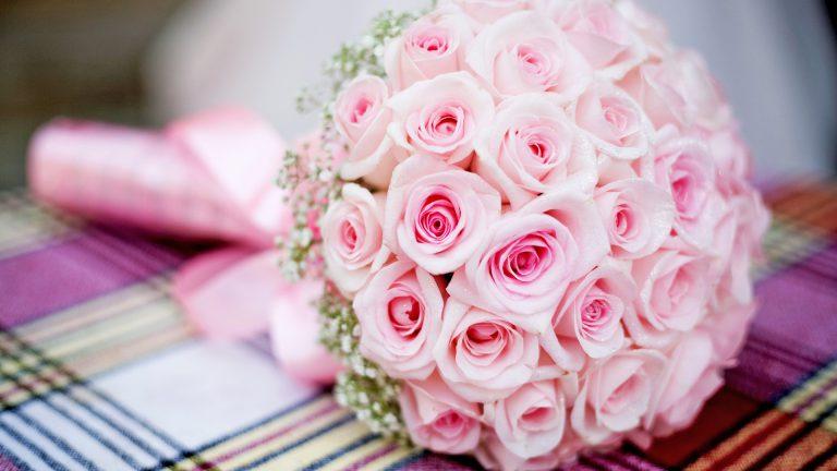 Розовый букет невесты – оптимальные композиции для свадебного образа (фото)