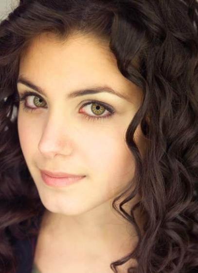 Макияж для зеленых глаз и темных волос пошагово (фото)