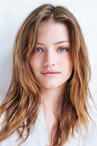 Правила выполнения макияжа для голубых глаз и русых волос