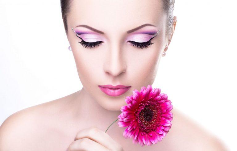 Перманентный макияж век: гарантированное постоянство красоты