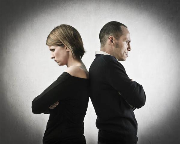 Основные признаки, что из отношений надо бежать