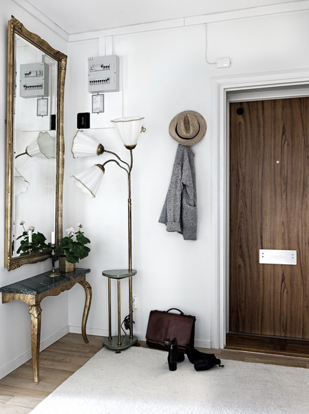 Прихожая в скандинавском стиле – оригинальность и практичность в интерьере