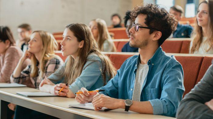 Пословицы и поговорки про учёбу