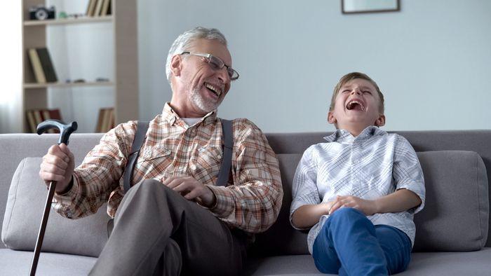 Пословицы и поговорки про улыбку