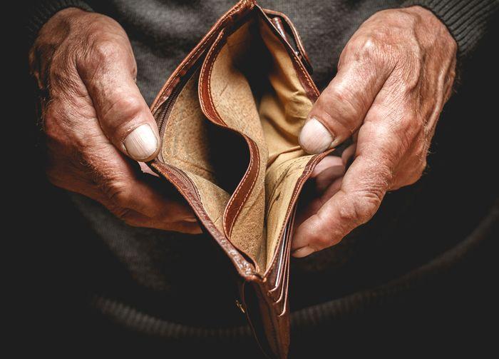 Пословицы и поговорки про бедность